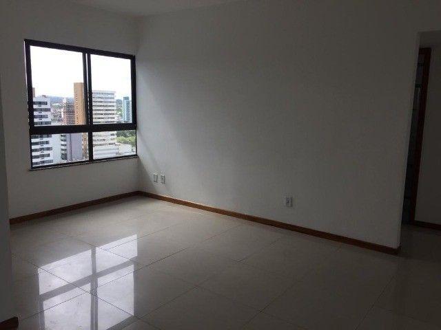 Apartamento alto padrão com infraestrutura completa - Foto 15