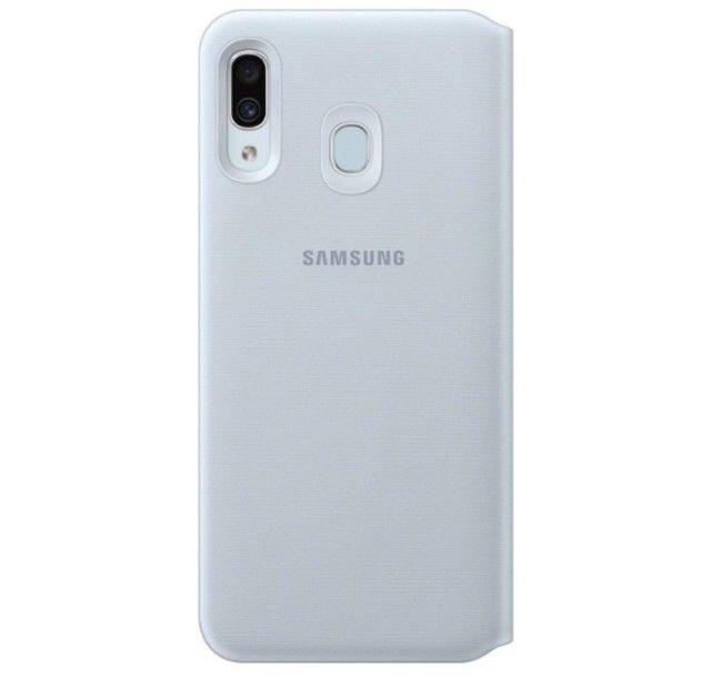 Capinha Original (Flip Wallet Cover) Samsung A30 - Foto 3