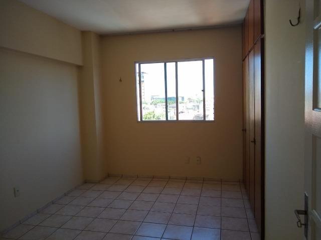 Ótimo apartamento com 03 quartos para aluguel no Centro - Foto 17