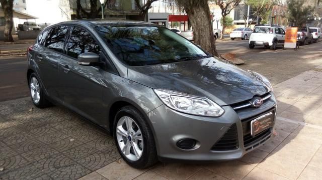 Ford Focus 1.6 S Completo