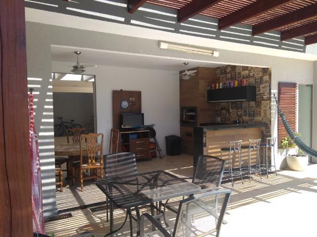 Allmeida vende casa de alto padrão no Condomínio Mansões Entre Lagos - Foto 3