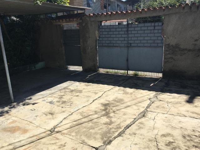 Casa independente com 2 quartos e garagem em Rocha Miranda por 299 mil! - Foto 11