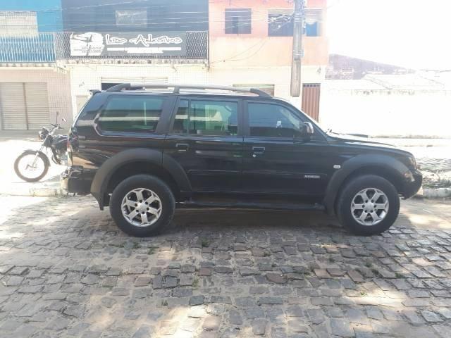 Pajero 2010 completa a diesel troca em carro menor