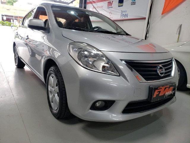 Nissan Versa SL 1.6 Flex 2013 - Foto 5