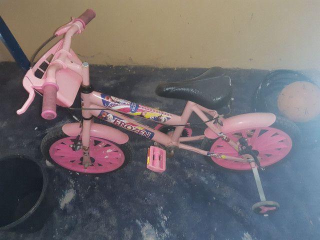 Bike feminina infantil da frozen - Foto 3