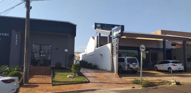 Maravilhoso sobrado no centro de Esquina 750m2 na Eduardo Santos Pereira - Foto 13