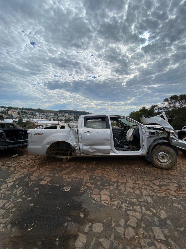 Sucata para retirada de peças- Ford Ranger 2013 - Foto 2