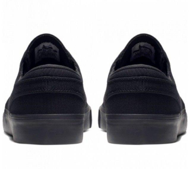 Tenis Nike SB Zoom Janoski Canvas RM Skate preto tamanhos 38 e 39 - Foto 3