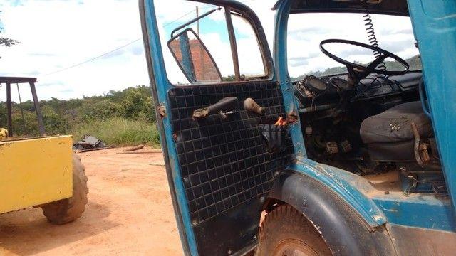 Vendo caminhão caçamba basculante 1113 turbinada - Foto 3