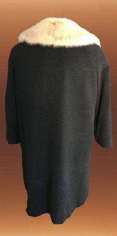 Casaco lã batida preta com gola de Vison (usado) - Foto 3