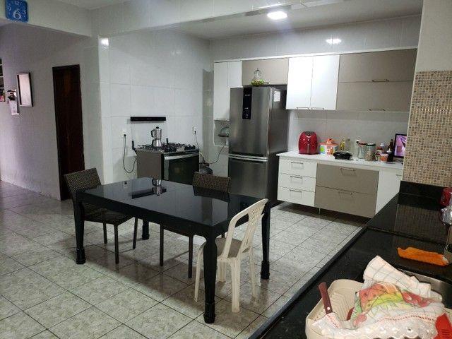 Casa com 4 suítes e garagem para 4 carros no Henrique Jorge  - Foto 5