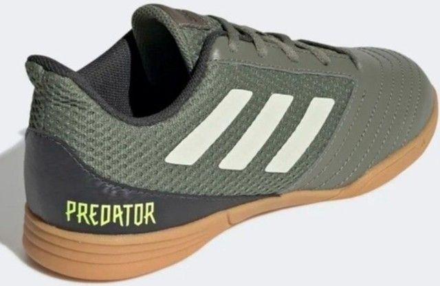 Chuteira Futsal Adidas Predator número 34 - Foto 3