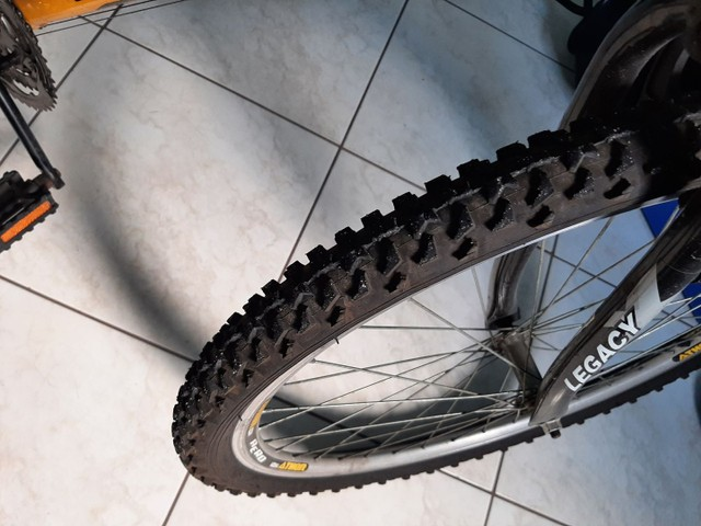 Bicicleta Athor aro 26 18 marchas  - Foto 6