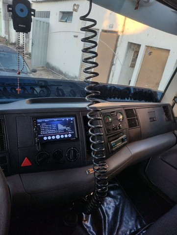 Caminhão baú - Foto 8