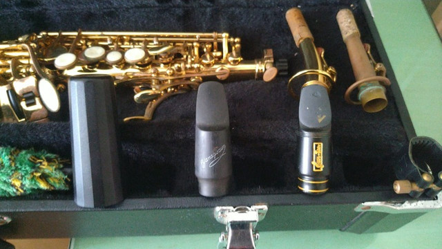 Sax Soprano Reto Eagle Super leve de tocar, excelente instrumento SP502 - Foto 3