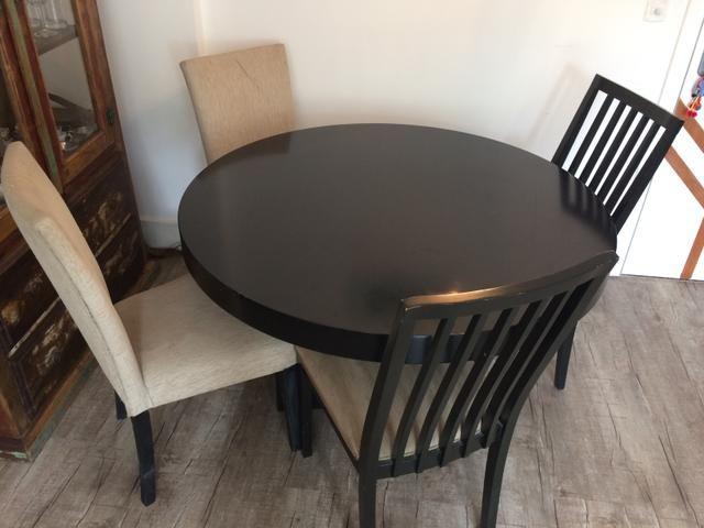 Mesa redonda laca preta + 4 cadeiras