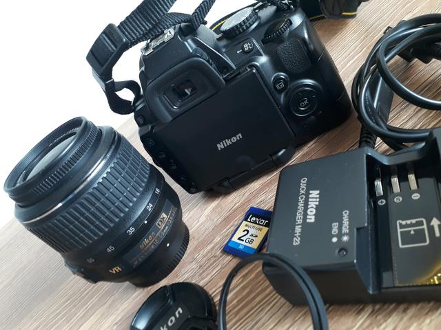 Nikon D5000 | Kit Lente 18 55mm VR - Foto 2