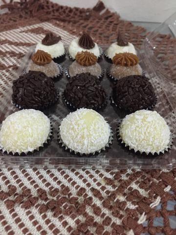 Vendo brigadeiros salgados e bolo de aniversário faça sua encomenda hoje mesmo - Foto 5