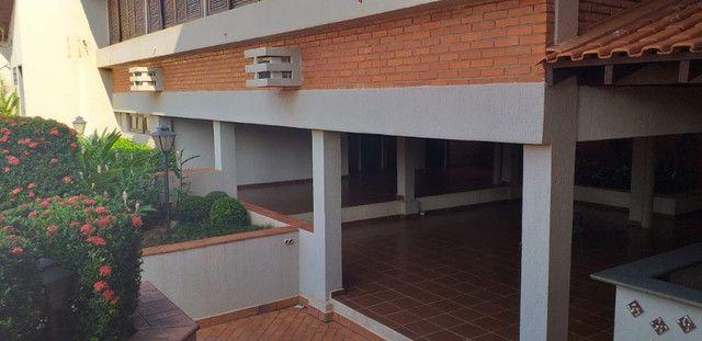 Maravilhoso sobrado no centro de Esquina 750m2 na Eduardo Santos Pereira - Foto 10
