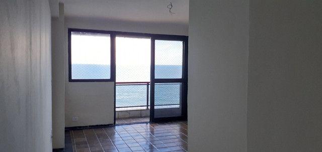 AL98 Apartamento 4 Suítes e Varandas, Varandão, 6 Wc, 3 Vagas, 405m², Beira Mar Boa Viagem - Foto 15
