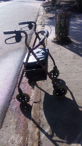 Cadeira andador - Foto 2