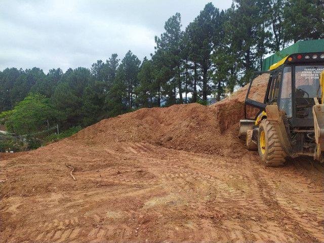 Terraplanagem limpeza e demolição