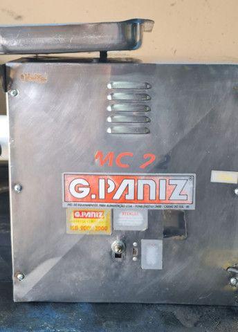 Máquina  de moer carne G- Paniz profissional