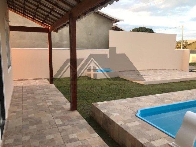 Linda casa com piscina e área gourmet - Foto 7