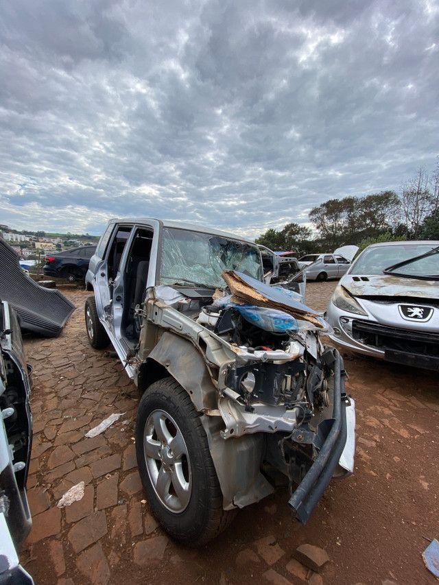Sucata para retirada de peças- Mitsubishi TR4 2009 - Foto 3