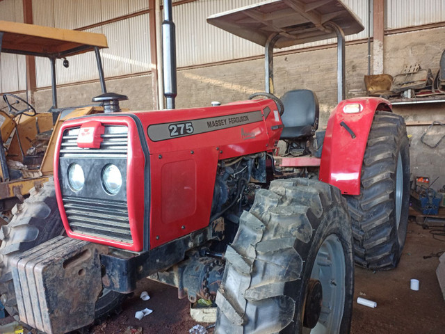 Trator Massey Ferguson 275 4x4 Advance - Foto 2