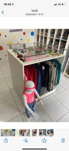 Balcão expositor para loja  - Foto 2