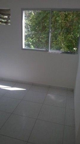 Apto  1º andar nascente - Condomínio Fechado - 2 qts (1 suíte). - Foto 5