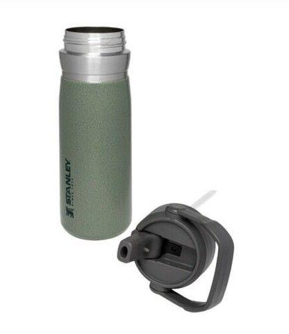 Garrafa Térmica Squezze para Academia Flip Straw 650ml Verde Stanley
