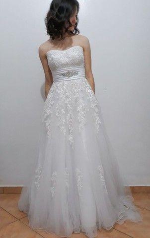 Vestido de noiva, com véu  - Foto 3
