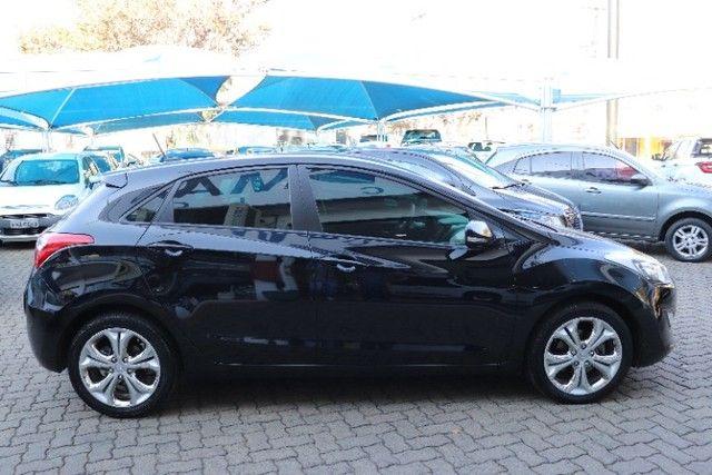 Hyundai i30 1.8 gasolina, automatico+ mulmidia baixo km, unico dono! - Foto 10
