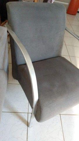 Sofá cinza 3 lugares + 2 poltronas - Foto 5