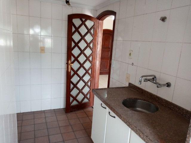 A301 - Apto com um dormitório em local nobre - Foto 11