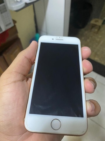 iPhone 8, 64g.
