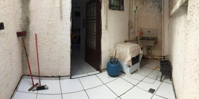Aluga-se Kit net próximo Unic bairro Dom Aquino - Foto 3