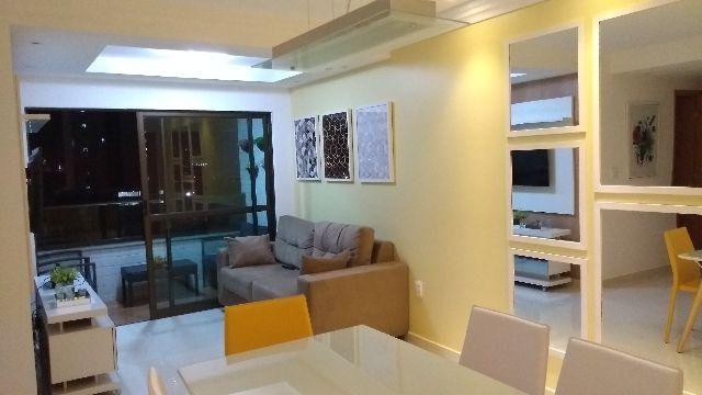 Apartamento no Espinheiro Family Class - Mobilidado e Equipado (3qts)
