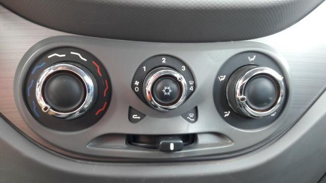Comando De Ar Condicionado Fiat Palio Attractive Original
