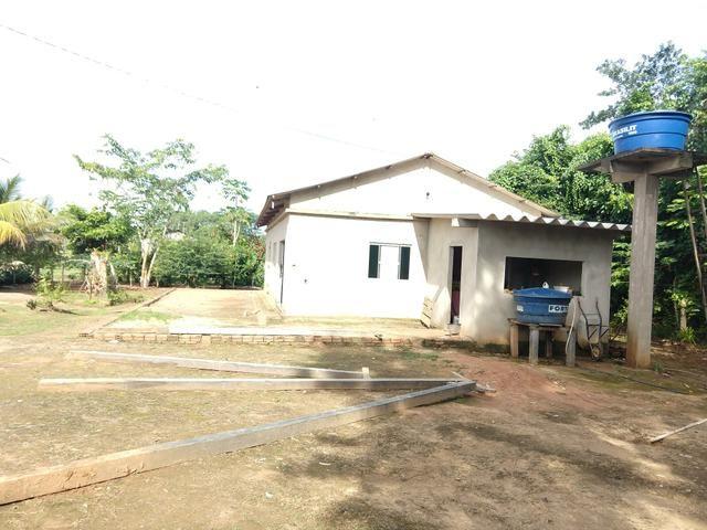 Vende-se casa e 5 terrenos - Foto 2