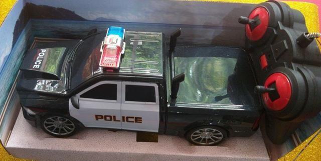 Carro de Controle Remoto de Policia