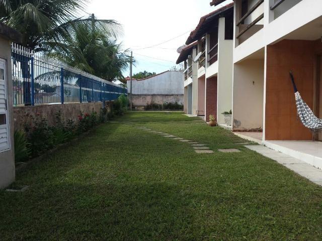 Vende ou Aluga casa duplex 02 qts. em condomínio