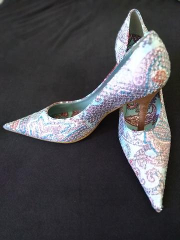 Sapato Dumond com desenhos