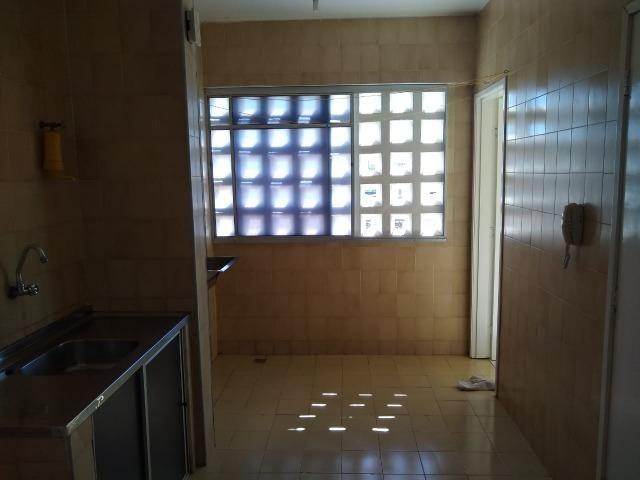Ótimo apartamento com 03 quartos para aluguel no Centro - Foto 11