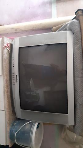 Vendo 2 Televisão - Foto 2