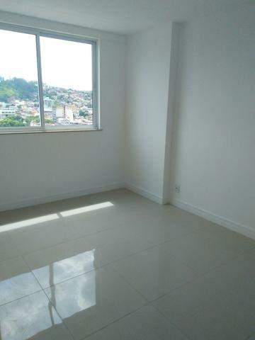 Amplo apartamento no Ed Portinari - Três Rios-RJ