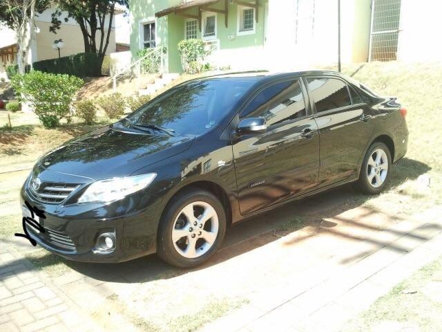 Toyota Corolla 2.0 16v Flex 4p preto 11/12 c/ kit multimídia