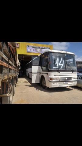 Vende se ônibus rodoviário Scania